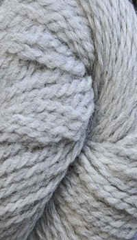 (Cascade Yarn - 220 Peruvian Wool - Silver Grey 8401 )