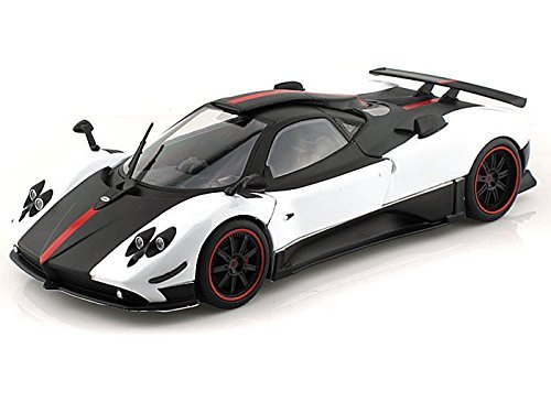 pagani-zonda-5-cinque-1-18-white-w-black