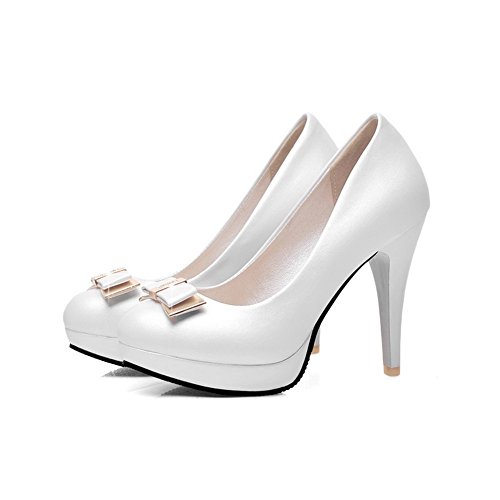 Allhqfashion Womens Pull On Spikes Stilettos Pu Solide Scarpe Tacco Chiuso Pompe-scarpe Bianche
