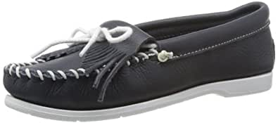 Minnetonka Women's Kilty Unbeaded Moccasin,Navy Smooth,5 M US