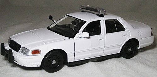 Motormax 1/24 Blank White Ford Crown Victoria Police Car