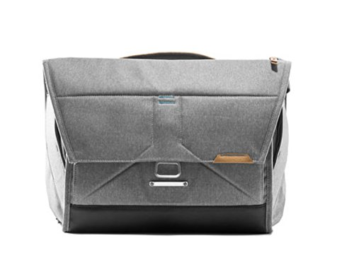 Peak Design Everyday Messenger Bag 15'' (Ash) by Peak Design (Image #6)