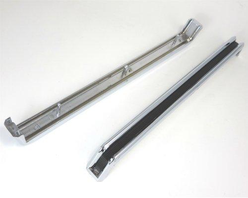 Tail lamp center molding set for Datsun 240Z