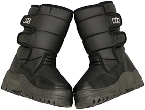 World Famous Sports Deluxe SnowJogger After Ski Snow Boot Youth 4.0 NEW