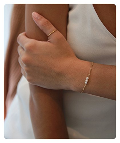 (Fremttly Womens Simple Delicate Tiny Freshwater Pearls and Heart Bracelet 14K Gold Fill Handmade Jewelry-BR-3Pearl)