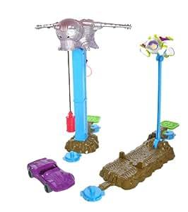 Toy Story 3 Action Links Evil Dr. Porkchop Attacks Stunt Set