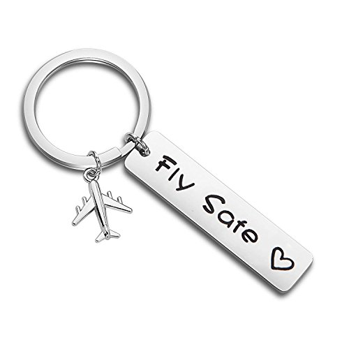 MAOFAED Pilot Gift Fly Safe Keychain Traveling Keychain Flight Attendant Gift (Fly Safe Keychain)