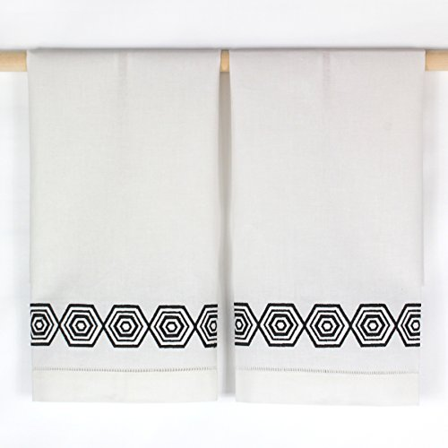 C & F Geometrical Black and White Hand Towels -- Set of 2 by CFF
