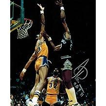 Artis Gilmore Signed Photo - 8x10 HOF 2011 - Autographed NBA Photos