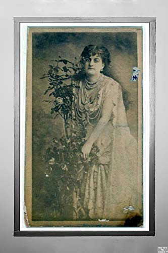 New York Map Company  Circa 1888 Photograph ''Actress Holding Floral Vines, from The Actresses Series (N668)'', Antique Vintage Fine Art Photo Reproduction,|Size: 7x12|Ready to Frame