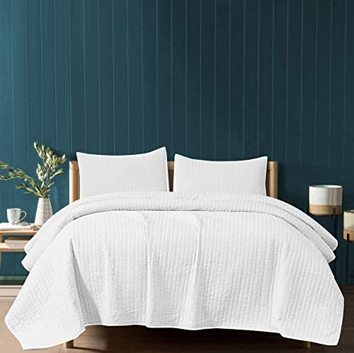 SHALALA NEW YORK Reversible Quilt Set - 2 Quilted Pillow Shams and a Soft Cotton Jersey Coverlet - Cotton Fill-Lightweight and Breathable - Machine Washable (Stripe White Full/Queen)