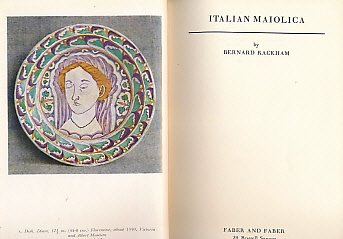 Italian Maiolica (The Faber monographs on pottery and porcelain) - Porcelain Lobster
