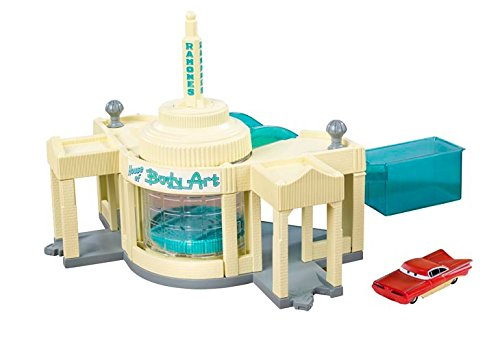 Hot Bodies Car - Disney/Pixar Cars Color Change Ramone's Auto Body Shop Playset