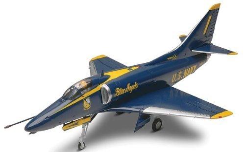 Revell 1:48 A-4 Skyhawk Blue Angels Model Kit ()