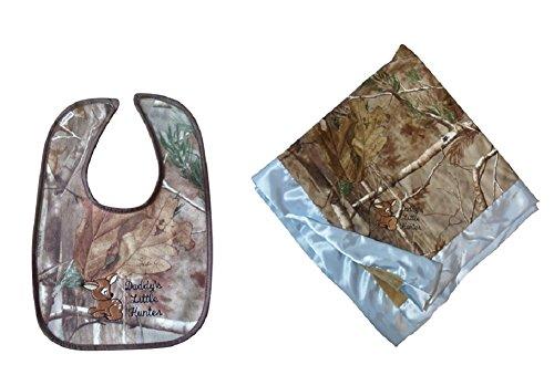 60b9e4cf30 Realtree AP Baby Blanket & Bib 2PC Gift Set, Custom Daddy's Little Hunter  Deer. by realtree camo chique