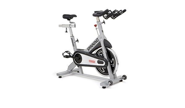 StarTrac - Bicicletas estáticas y de spinning para fitness: Amazon ...