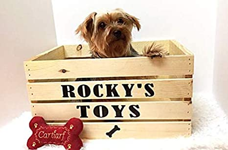 a121cd872920 Amazon.com : Pucci Pet Apparel Dog Toy Box - Wooden - Personalized with Name  : Pet Supplies