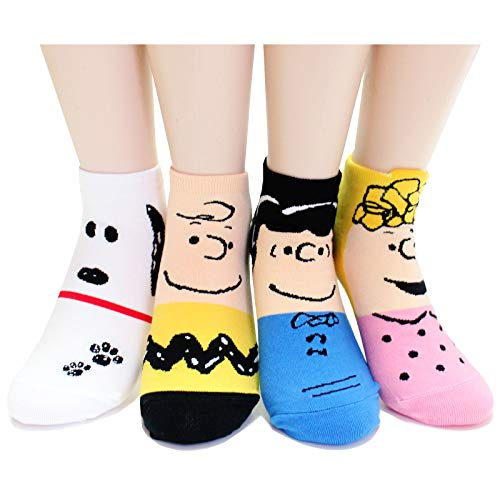 EVEI The Peanuts Snoopy Cartoon Movie Series Women's Original Socks (snoopy15_4pairs)]()