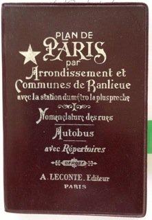 Plan De Paris par Arrondissement et Communes de Ranlieue avec la station du metro la plus proche