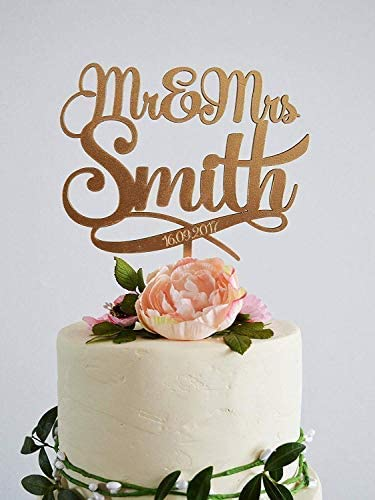 Cake Topper Wedding Mr And Mrs Cake Topper Gold Mr And Mrs Smith Wedding Cake Topper Custom Cake Toppers Rustic Wedding Decor Amazon Ca Home Kitchen