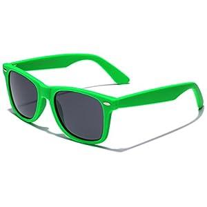 Retro Rewind Classic Polarized Sunglasses,Green | Smoke Polarized