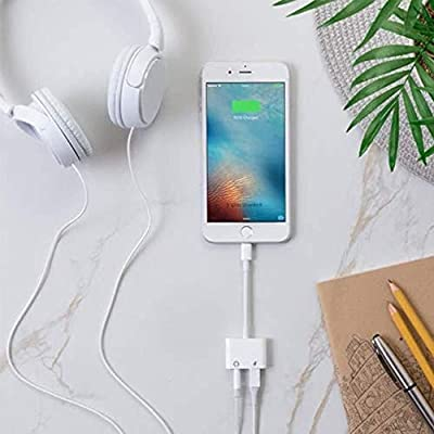 iOS system3.5mm headphone jack adapter3.5mm jack audio auxiliary adapter adapter adapter dongle headphone to 3.5mm headphone and charging adapter auxiliary adapter music and charge distributor (white): Electronics