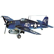 Academy WWII U.S. Navy Fighter F6F-3/5 Model Kit