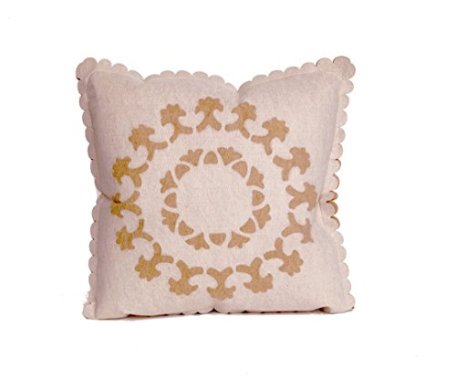 Liora Manne 7K12SB30412 Embossed Kasey Indoor/Outdoor Pillow, Cream, 20