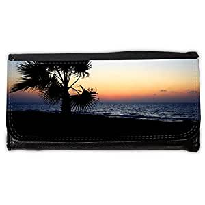 le portefeuille de grands luxe femmes avec beaucoup de compartiments // M00155826 Fondo de la playa hermosa costa // Large Size Wallet