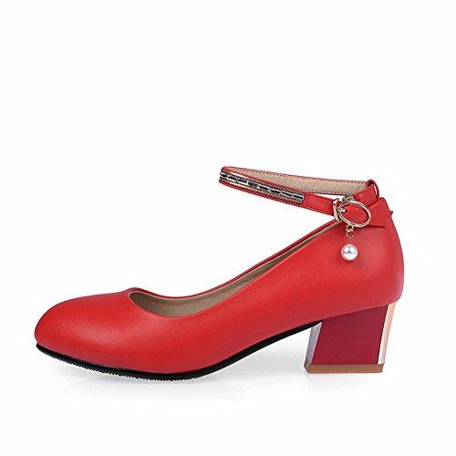 AllhqFashion Damen Rund Zehe Schnalle PU Leder Eingelegt Mittler Absatz Pumps Schuhe Rot