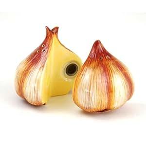 Cloves of Garlic Salt & Pepper Shakers S/P
