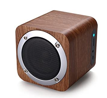 Small wood computer speakers