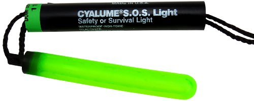 Cyalume ChemLight Military Grade SOS Signal Light Chemical Light Sticks, Green, 5-1/4'' Long, 8 Hour Duration (Pack of 5) by Cyalume (Image #1)