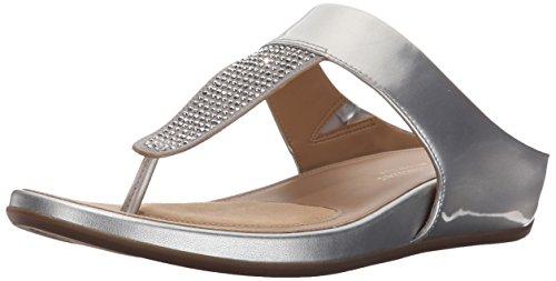 Naturalizer Women's Yippee Flat Sandal, Silver, 6 N US