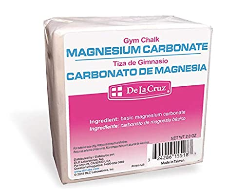 Amazon.com: De La Cruz Pure Magnesium Carbonate (Gym Chalk) / Carbonato de Magnesia 2 OZ. (6 Blocks): Health & Personal Care