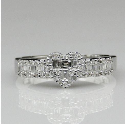 Gowe Naturel véritable diamant Baguette Cut 0.399CTW Forme de cœur Halo avec accents Bague de fiançailles Or blanc 14K fine bijoux bague de mariage
