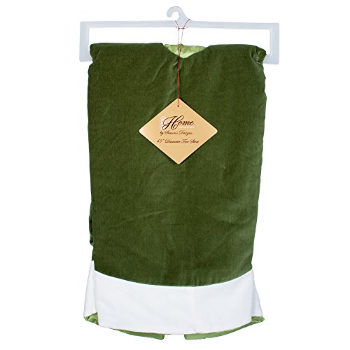 48 inch Traditional Green Velvet Christmas Tree Skirt with White Trim (Extra Large Skirts Christmas Tree)