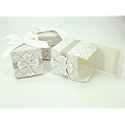 AimtoHome Party Candy Boxes for Baptism First Communion Favor Cross Candy Box Christening Baby Shower bomboniere wrap Holders with Ribbons, Pack of 50