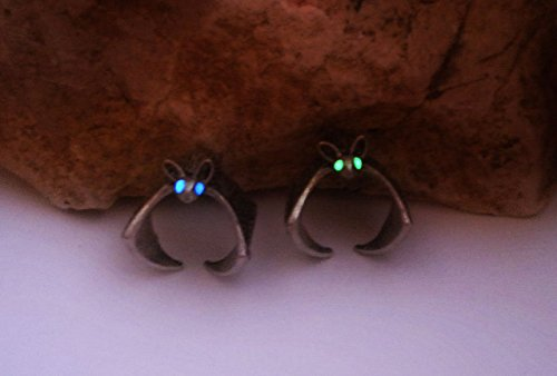Kawaii Bat Ring - Glowing Bat Eyes Ring - Animal Totem Jewelry - Rebirth and Psychic Sensitivity Symbol - Halloween Jewelry Ring - Glow in the Dark Ring]()