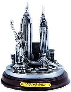 new-york-3-d-round-pewter-model