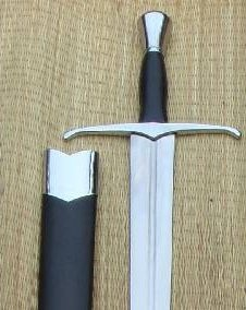 IndiaCraft 15th Century Hand-And-A-Half Full Tang Tempered Battle Ready Hand Forged Sharp Sword ()