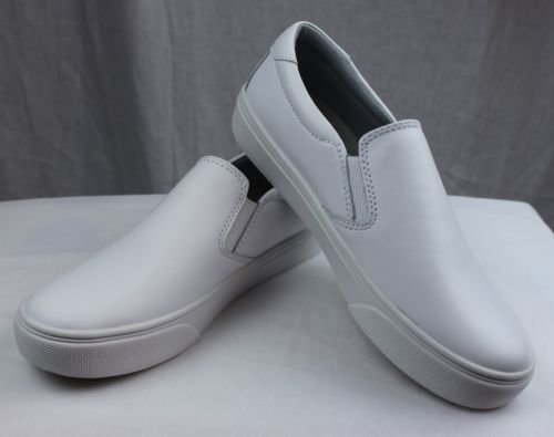 (Nurse Mates Women's Faxon White Loafer)