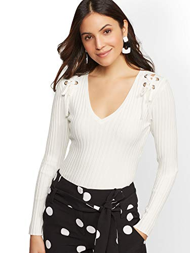 New York & Co. Women's Grommet Lace-Up V-Neck Sweater - Xlarge Winter White