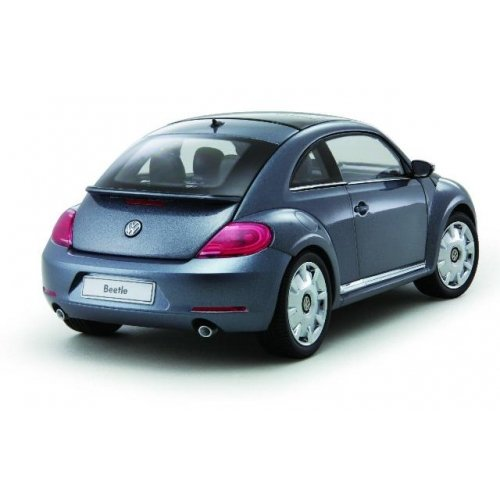 Volkswagen 1:18 New Beetle Coupe 2012 Platinum Diecast Model Car (Metallic - New Coupe Beetle