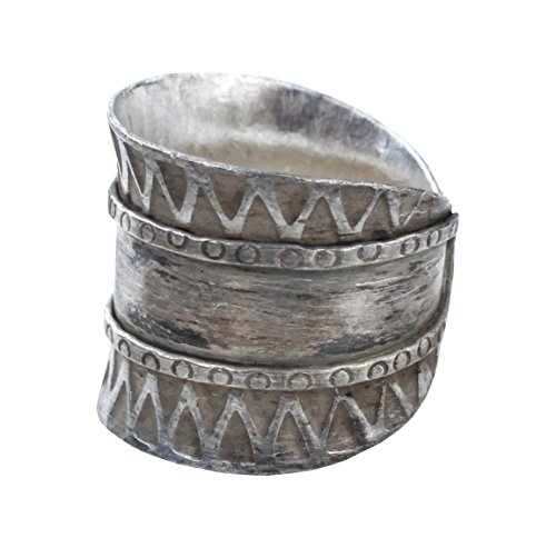 Hill Tribe Rings - RaanPahMuang Thai Hill Tribe Stamped Silver Adults Ring Celtic Cheiftan Artwork