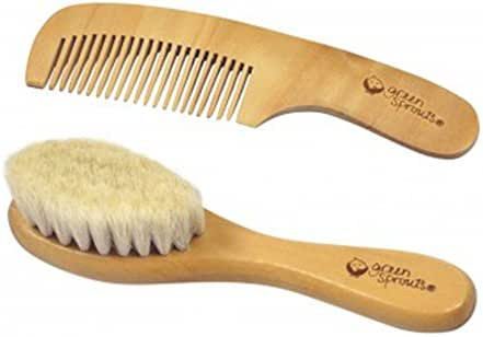 green sprouts Baby Brush & Comb Set   Gently grooms baby's hair   Made of natural wood and bristles