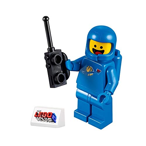 The LEGO Movie 2 MiniFigure - Benny the Space Guy (with cool Display Stand)