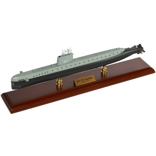 USS Nautilus SSN 571 - 1/192 scale model by Toys and Models by Toys and Models