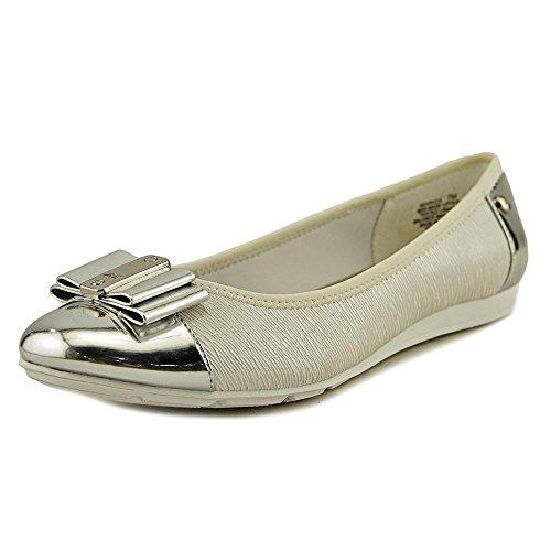 Anne Klein Womens Aricia Closed Toe Slide Flats, White, Size 7.5