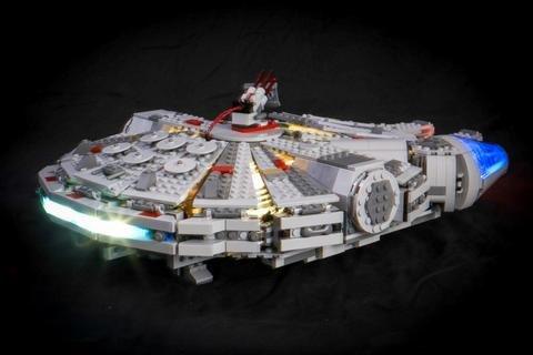Star Wars Millennium Falcon Lighting Kit para Lego 75105 Set (set LEGO no incluido) de Light My Bricks